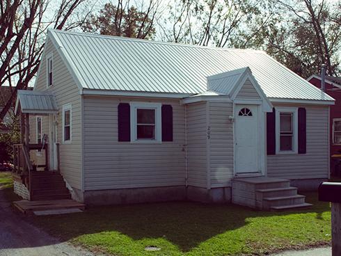 209 Old Laurel Rd